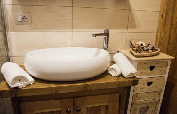 Wood style bathroom - Holiday apartment to rent in Pragelato - Sestriere